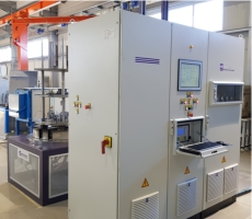 Ionitech's plasma nitriding equipment electrical cabinet, containing the operating and controling electronics and the gas-vacuum system.